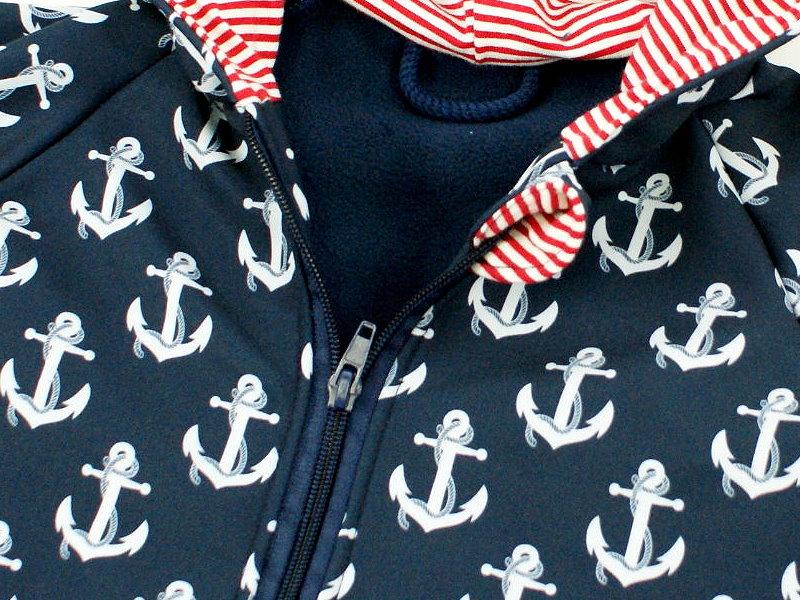 "Softshelloverall Anzug ""Anker"" marineblau Streifen rot"