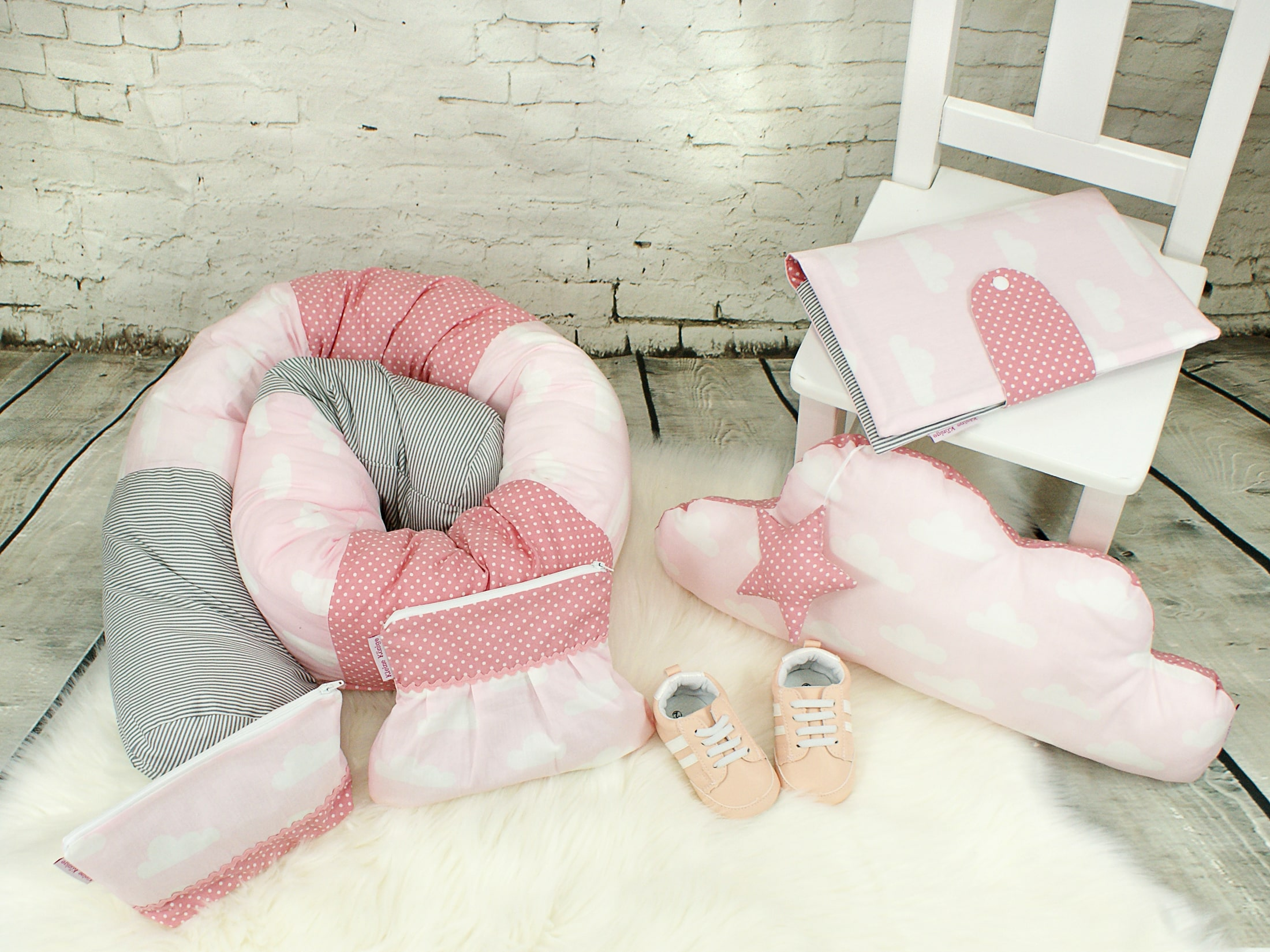 """Baby Bettschlange Nestchen """"Wolken"""" rosa grau"""