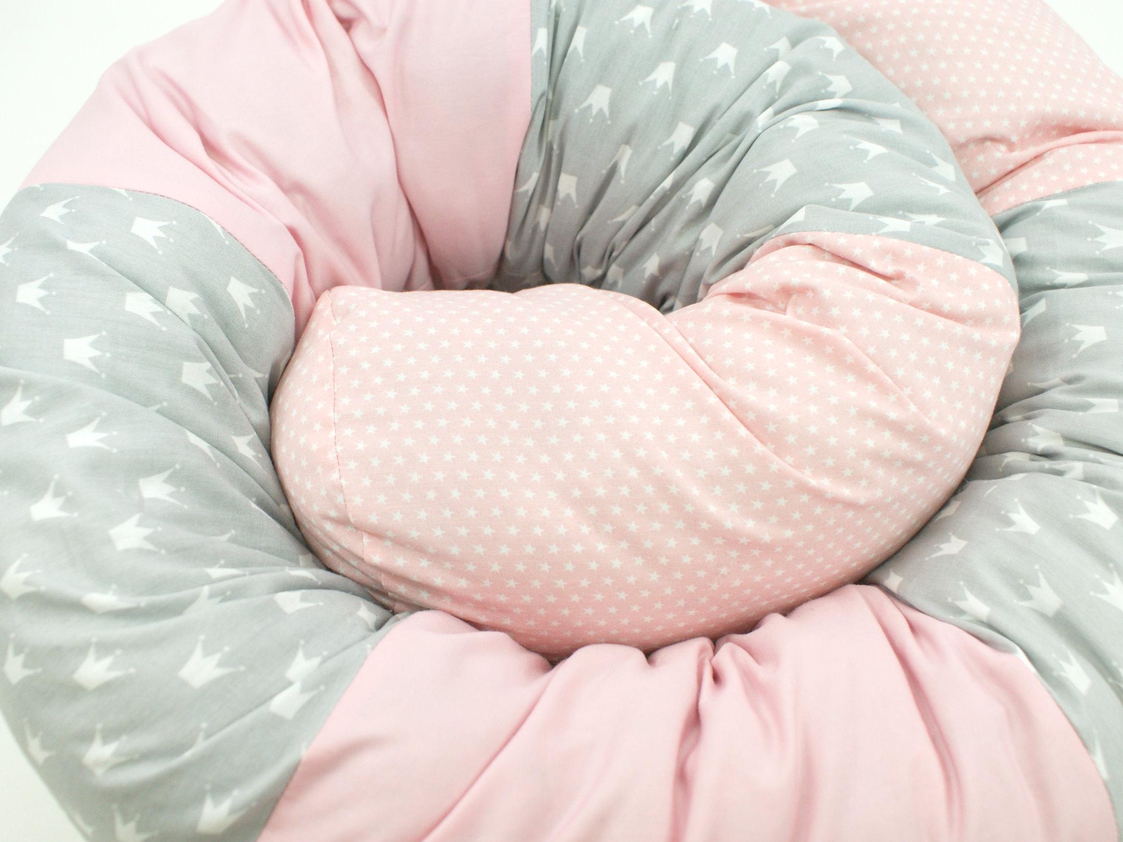 """Baby Bettschlange Nestchen """"Kronen"""" rosa hellgrau"""