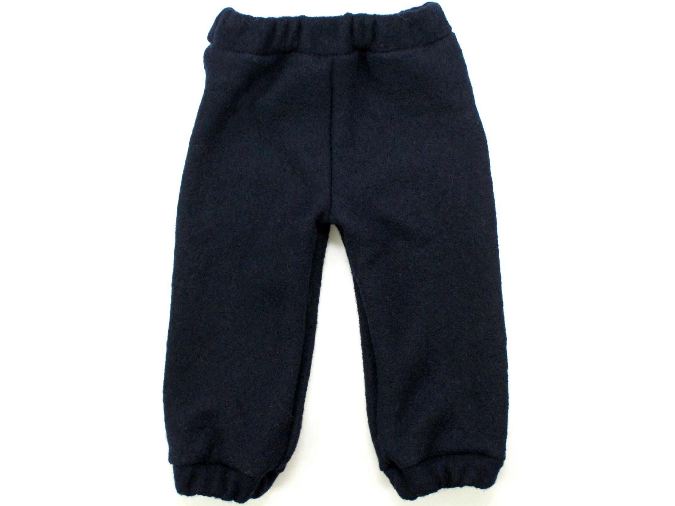 Kinderhose aus Wollwalk in Marineblau mit Gummizug und Taschen